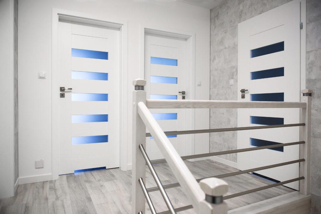 drzwi białe przeszklone Wołomin