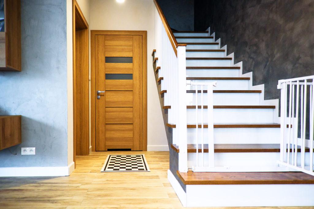 drzwi przeszkolone brązowe